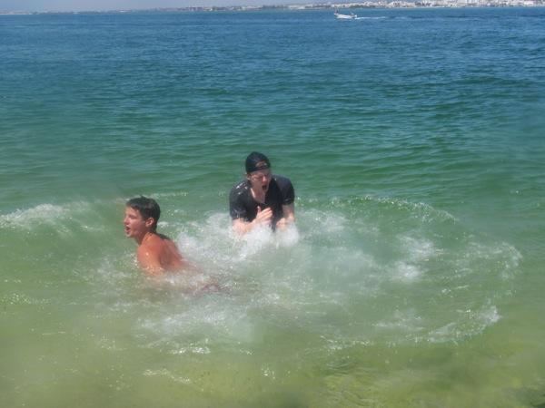 R  J Swimming