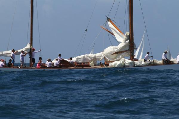 Broken Mast 4
