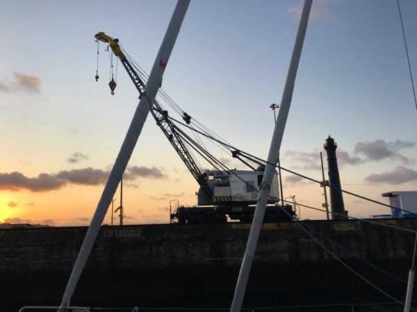 LH Sunset Crane
